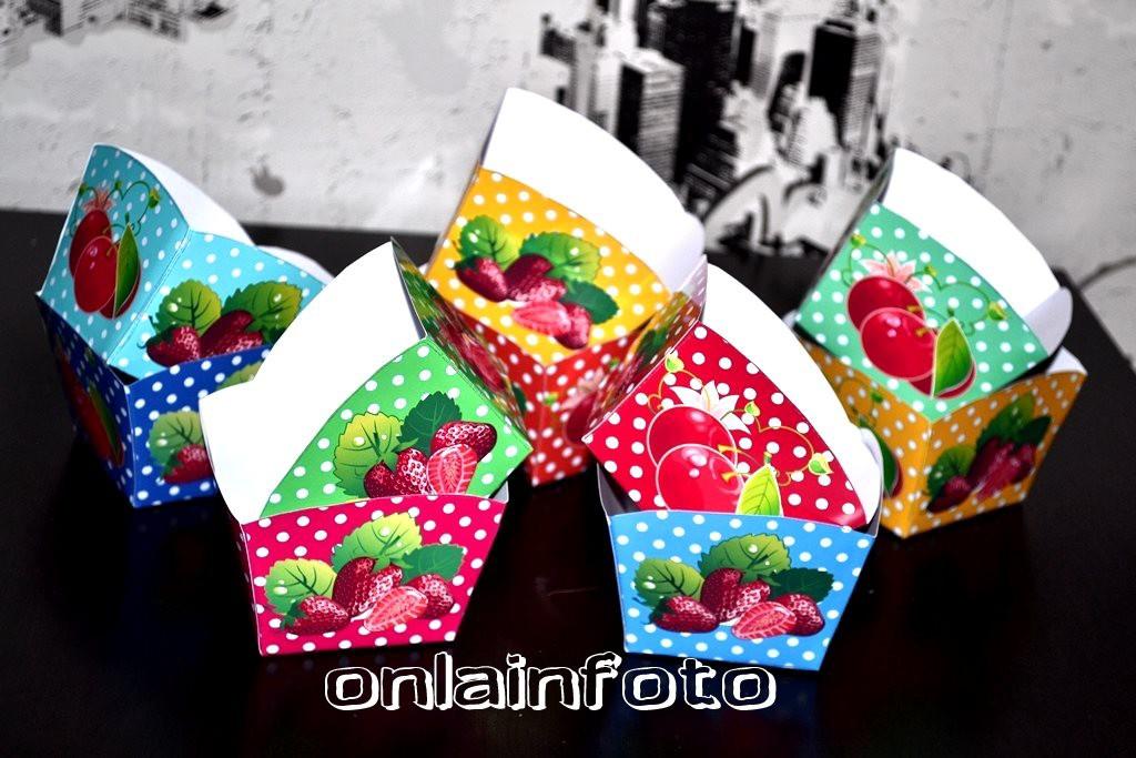 коробочки с ягодками